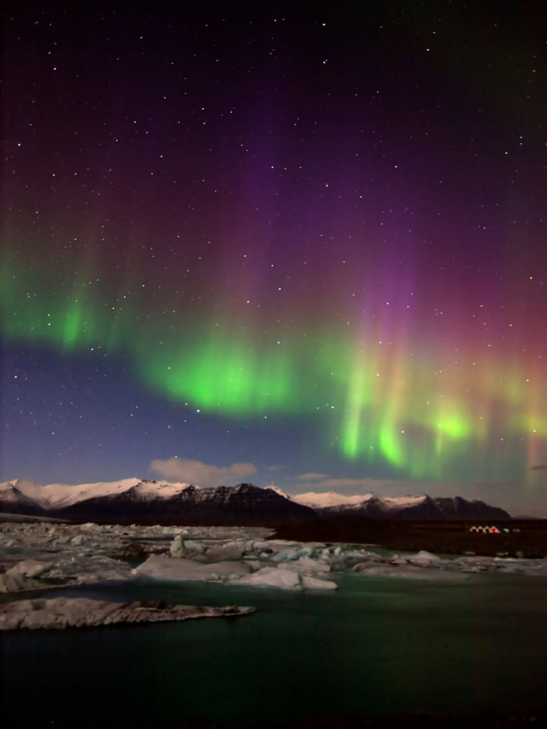 Iceland-aurora-borealis20130223_0002 copy